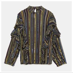 NWT. Zara Striped Top with sequins. Size XS.